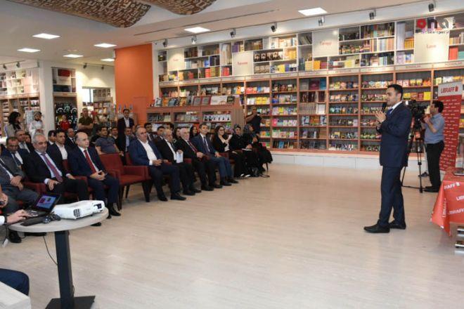 """İnqilab Şahbazovun """"Tədqiqat metodları"""" kitabının təqdimatı və imza günü keçirilib"""