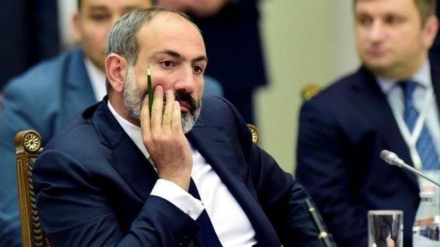 Ermənistanın müdafiə nazirinin də istefa verəcəyi gözlənilir - Baş nazir BAŞINI İTİRİB...