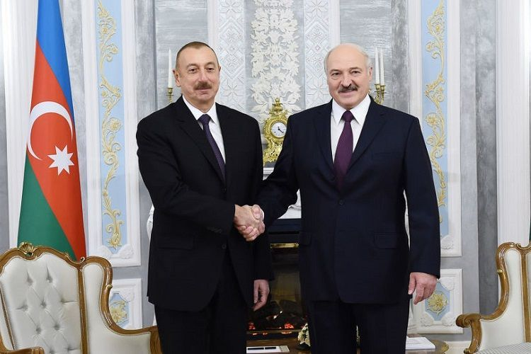 İlham Əliyev və Lukaşenko arasında qeyri-rəsmi görüş olub