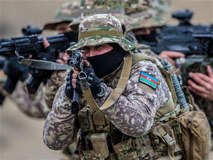 """Azərbaycan anti-terror əməliyyatlarına başlamalıdır - Hərbi ekspert: """"Daha gözləyə bilmərik"""""""
